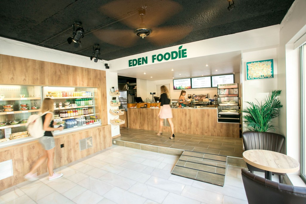 http://www.adriendeprez.com/wp-content/uploads/2018/01/Fast-food-design-interieur-architecte-Paris-1024x683.jpg